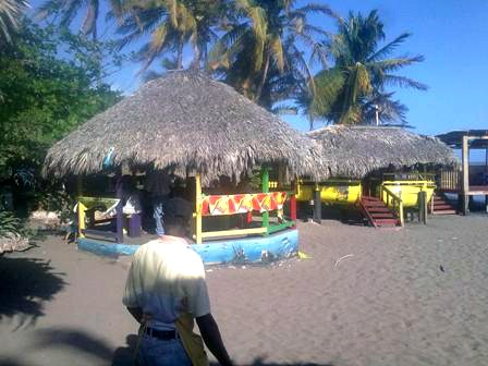 Little Ochi Seafood Restaurant on the Beach