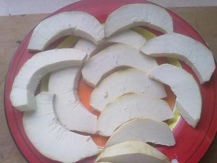 Breadfruit sliced for frying
