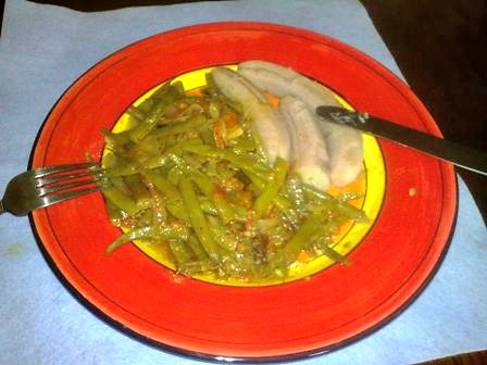 Steamed string beans with boiled bananas