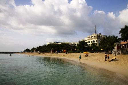 Jamaica-Doctor's Cave Beach Montego Bay